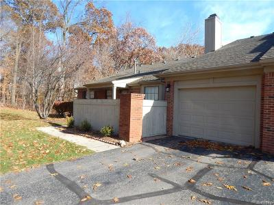 West Bloomfield Twp Condo/Townhouse For Sale: 7128 Green Farm Road