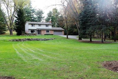 Washington Twp Single Family Home For Sale: 5700 Lockwood Drive