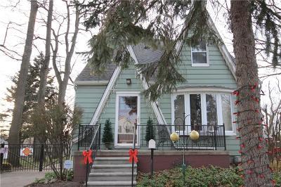 ROYAL OAK Single Family Home For Sale: 3017 Prairie Avenue