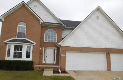 Brownstown Twp Single Family Home For Sale: 18494 Sunflower Drive