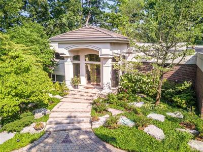 Bloomfield Twp Single Family Home For Sale: 3815 Wabeek Lake Drive W