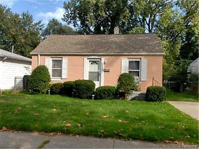 Livonia Single Family Home For Sale: 12132 Cardwell Street
