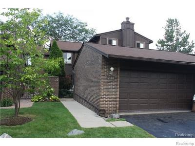 West Bloomfield, West Bloomfield Twp Condo/Townhouse For Sale: 2226 Rhine Road #43