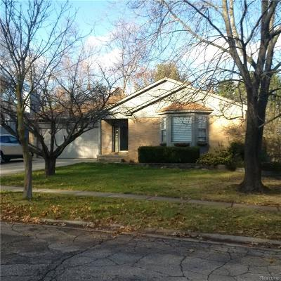 Single Family Home For Sale: 1017 Alpine Drive