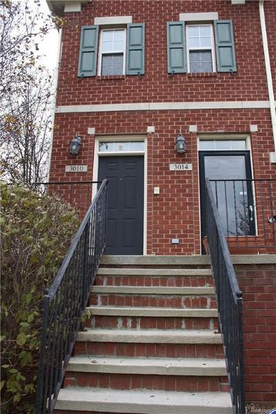 TROY Condo/Townhouse For Sale: 3010 Camden Drive