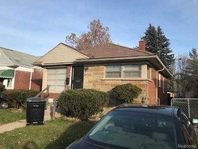 Detroit Single Family Home For Sale: 6878 Memorial Avenue
