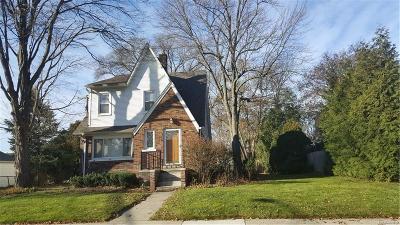 ROYAL OAK Multi Family Home For Sale: 1017 Oakridge Avenue