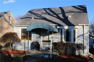 Dearborn Heights Single Family Home For Sale: 6204 N Silvery Lane
