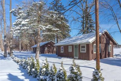 White Lake Single Family Home For Sale: 1295 Sugden Lake Road