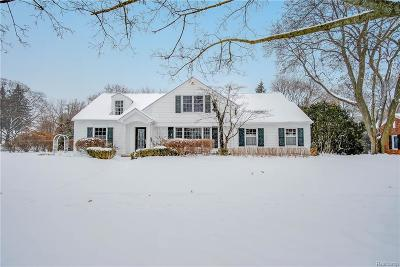Bloomfield Twp Single Family Home For Sale: 3684 Roland Drive