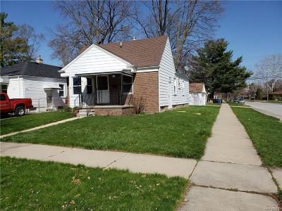 Redford Twp Single Family Home For Sale: 9902 Rockland Street