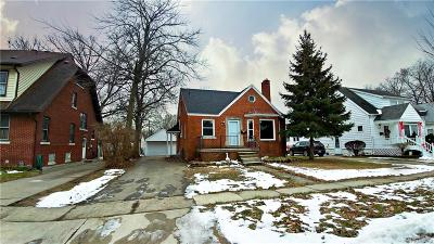Wayne Single Family Home For Sale: 35409 Chestnut Street