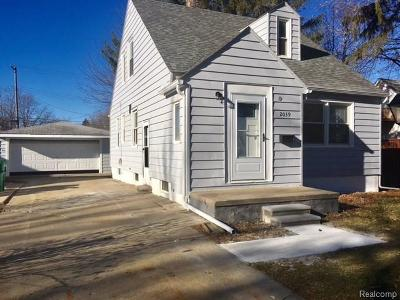 Garden City Single Family Home For Sale: 2039 Belton Street