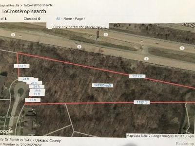 Farmington Hills Residential Lots & Land For Sale: Vacant Woodrising