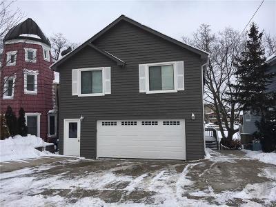 Single Family Home For Sale: 614 Detroit