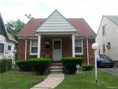 Detroit Single Family Home For Sale: 985 E Robinwood Street