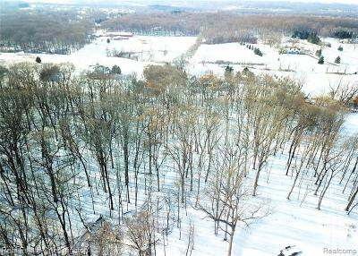 Milford Twp Single Family Home For Sale: 0002 Montclaire Court
