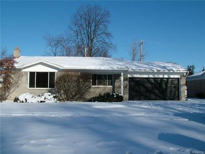 Dearborn Heights Single Family Home For Sale: 25864 Cherry Hill
