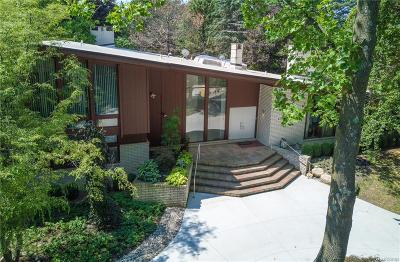 Bloomfield Hills Single Family Home For Sale: 1125 Eton Cross Road