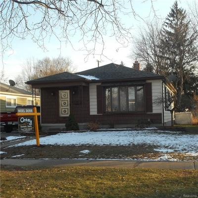 Wayne Single Family Home For Sale: 35079 Currier Street