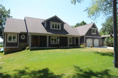 Commerce Twp Single Family Home For Sale: 3265 Adele