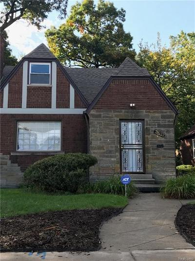 Detroit Single Family Home For Sale: 2533 W 8 Mile Road
