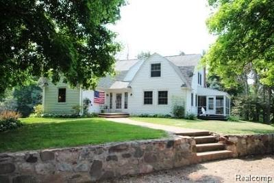 Addison Twp Single Family Home For Sale: 2850 Ballantyne Court