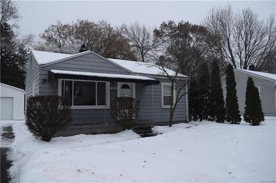 Waterford Twp, Commerce Twp, Walled Lake, Northville, Novi Single Family Home For Sale: 1558 Qunif Drive