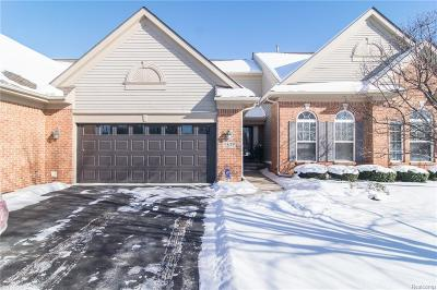 Commerce, Commerce Township, Commerce Twp Condo/Townhouse For Sale: 1577 Covington Crossing