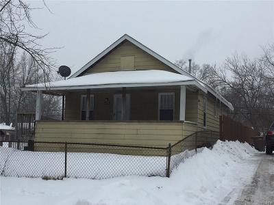 Pontiac Single Family Home For Sale: 715 Melrose Street