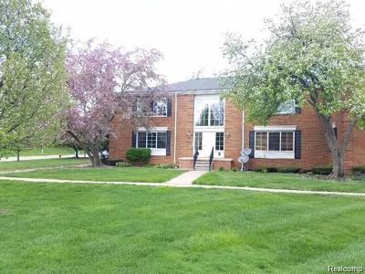 Bloomfield Twp Condo/Townhouse For Sale: 614 E Fox Hills Drive