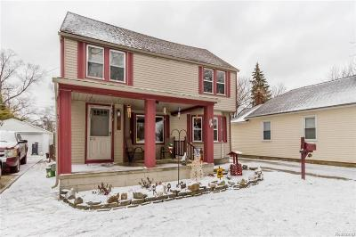 Dearborn Heights Single Family Home For Sale: 4989 Bedford Street