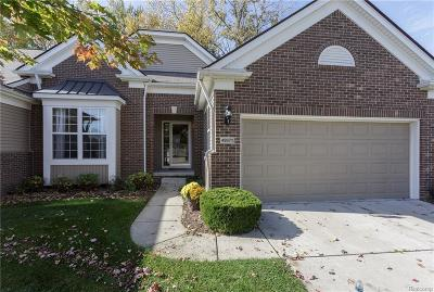 Macomb Twp Condo/Townhouse For Sale: 49671 Broadacre Drive