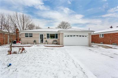 St Clair Shores, Roseville, Warren, Harrison Twp, Clinton Twp Single Family Home For Sale: 32203 Columbus Drive
