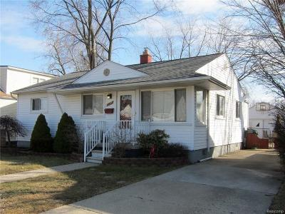 Warren, Eastpointe, Roseville, St Clair Shores Single Family Home For Sale: 23710 Melrose Avenue