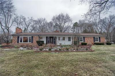 Bloomfield Twp Single Family Home For Sale: 905 N Reading Road