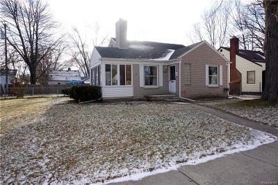 Macomb County Single Family Home For Sale: 20606 Gaukler Street