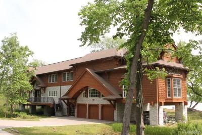 Orchard Lake Single Family Home For Sale: 4021 Commerce Road