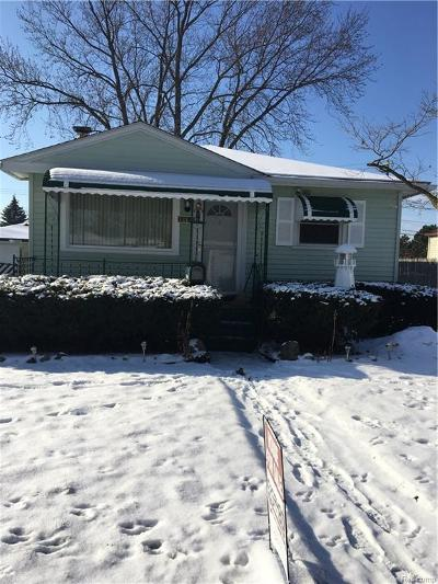 Plymouth Twp, Canton Twp, Livonia, Garden City, Westland Single Family Home For Sale: 12151 Cardwell Street