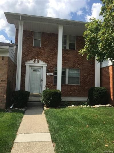 Novi Condo/Townhouse For Sale: 24854 Olde Orchard