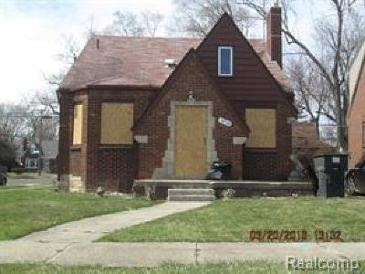 Detroit Single Family Home For Sale: 15703 Ferguson Street