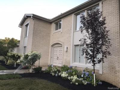 West Bloomfield Twp Single Family Home For Sale: 4933 Lake Bluff Road