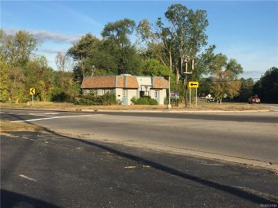 Waterford Twp Commercial For Sale: 2520 NW Pontiac Lake Road Street