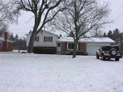 Plymouth Single Family Home For Sale: 9455 Rocker