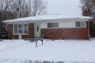 Warren MI Single Family Home For Sale: $95,000