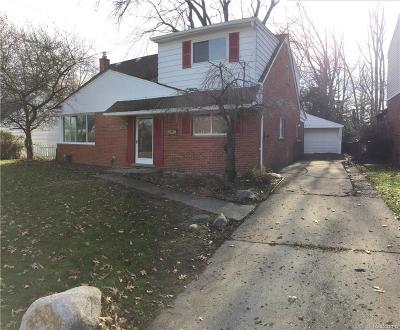 Clawson MI Single Family Home For Sale: $305,000