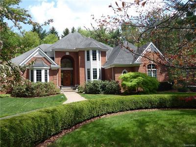 Single Family Home For Sale: 5495 River Ridge Drive