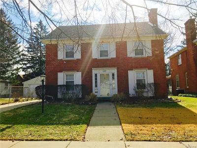 Detroit Single Family Home For Sale: 18431 Puritan Street
