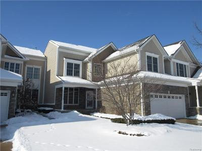 Novi Condo/Townhouse For Sale: 24749 Reeds Pointe Drive