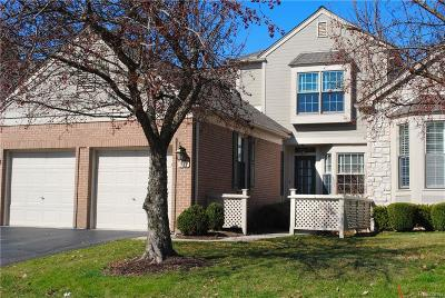 Bloomfield Twp Condo/Townhouse For Sale: 539 Newburne Pointe S